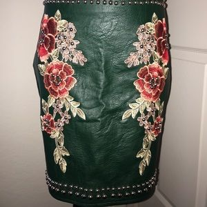 Green leather skirt w/ embroidery